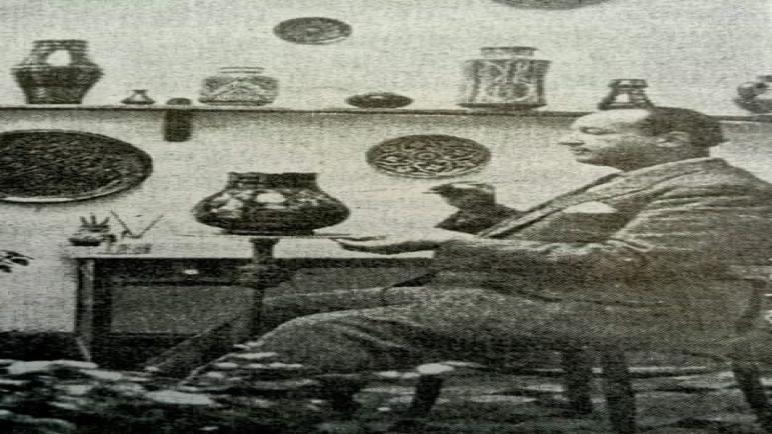 مدرسة الفنان بوجمعة العملي معلمة طواها النسيان