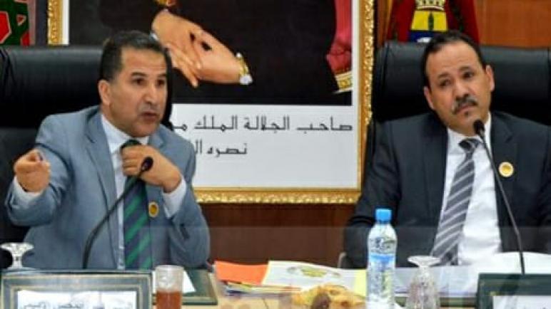 بعد اتهامات المعارضة،رئيس المجلس الإقليمي لآسفي على مرمى قاذفات رئيس مجلس المدينة.