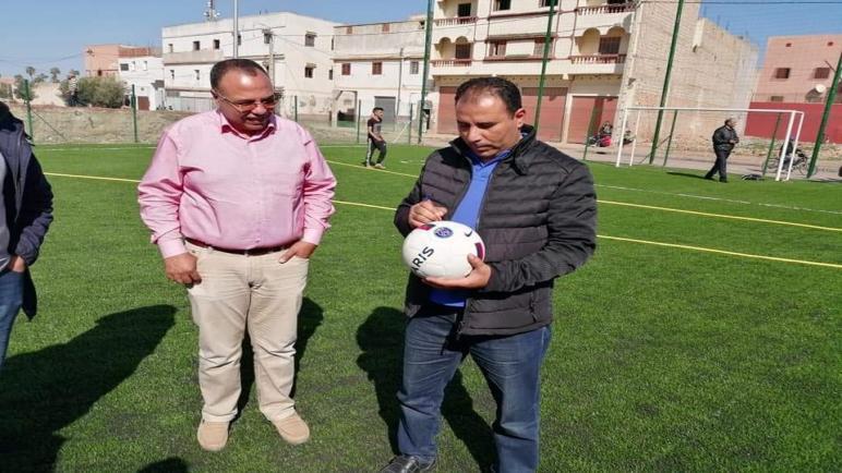 """إفتتاح ملعب القرب"""" بحي زمران بلعياشي لفائدة ابناء مدينة جمعة سحيم """""""