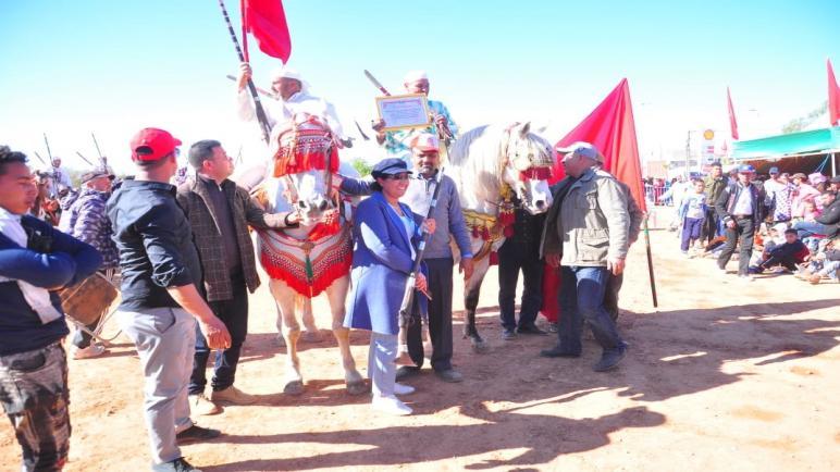 نجاح باهر لفعاليات الدورة الأولى لمهرجان الحمرية للتراث والثقافة و حضور جماهري فاق كل التوقعات