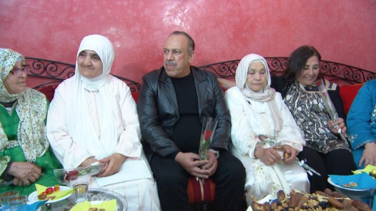 """البرنامج التلفزيوني """" لحبيبة مي"""" يستعيد زمن العربي الزاولي ويكرم زوجته"""