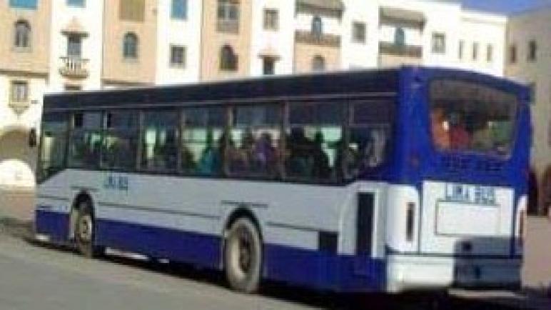 سكان الصويرة و النواحي يناشدون عامل الإقليم للتذخل لوقف شطط حافلات النقل الحضري تجاههم