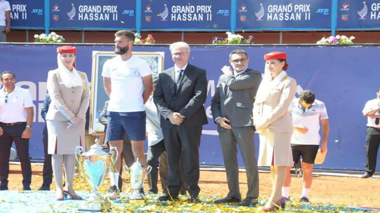 والي مراكش يتوج الفرنسي benoît paire بالكأس 35 لجائزة الحسن 2 للتنس.