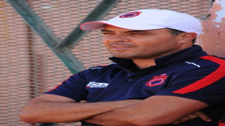 من يشوش على مدرب الأولمبيك محمد الكيسر؟