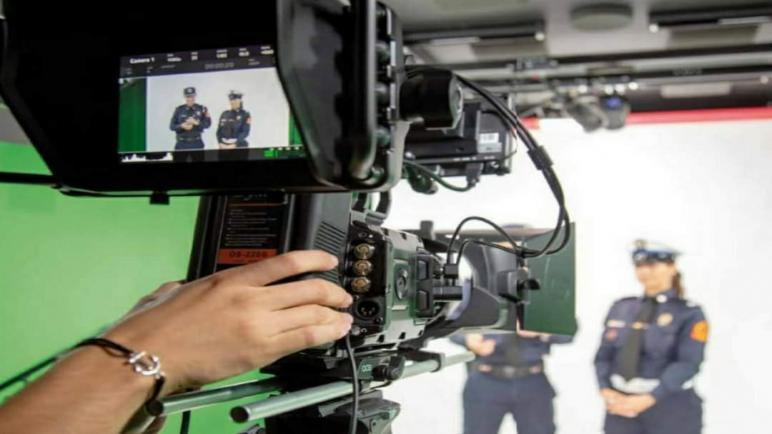 وضع آليات مؤسساتية مركزية وجهوية رهن إشارة مهني القطاع الإعلامي لتنظيم التغطية الإعلامية للعمليات الأمنية عموما