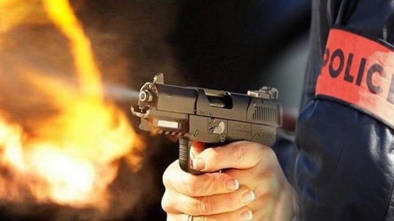 الفرقة المتنقلة للدراجين بالأمن الإقليمي بآسفي تشهر أسلحتها الوظيفية دون استعمالها