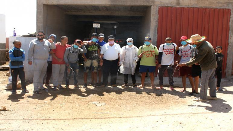 بادرت الجمعية البدوية للتنمية البشرية والثقافة إلى تعقيم دوار أولاد السي مسعود بالغربية