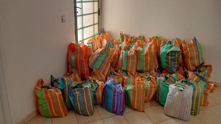 كونفدرالية مسفيوة للجمعيات بتديلي مسفيوة توزع مساعدات غذانية لحوالي 1000 أسرة بتراب الجماعة